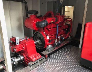 Van de Graaf en Meeuwsen BV duwschip TwinDisc keerkoppelingen Cummins QSK 19 motoren