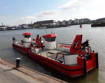 nieuwe motoren werkschip DMC schepen